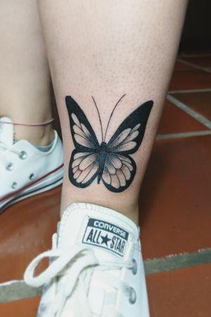 Borboleta 🦋 #buterflytattoo #buterfly #inkedgirl #inkedgirls #blackwork