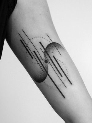#geometric #geometrictattoo #geometry #blackworkers #blackwork #blackworksubmission #dotwork #abstract #geometrytattoo #blackink #inked #tattooed #blacktattoo #tattooart #minimal #minimaltattoo #xystudio #gdansk #trojmiasto