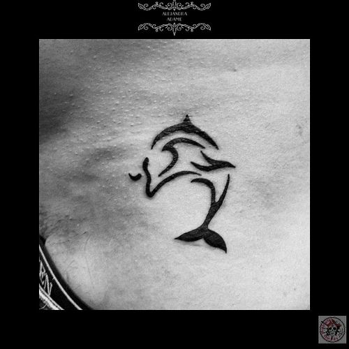 When you love so much the ocean... 🐬💞🐬❣️🐬💞🐬❣️🐬💞🐬❣️ #tattoo #tatuaje #tatouage #dolphintattoo #tattoodolphin #tatuajedelfin #tatouagedauphin #dolphin #delfin #dauphin #tribaltattoo #tattootribal #tatuajetribal #tatouagetribal #tattoodo #tattoolover #tattoolovers #ferneyvoltaire #tattooferneyvoltaire