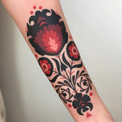 Folk art tattoo by Winston the Whale #WinstontheWhale #tattooartist #besttattoos #awesometattoos #tattoosformen #tattoosforwomen #tattooidea #folkart #flower #floral #ornamental #pattern