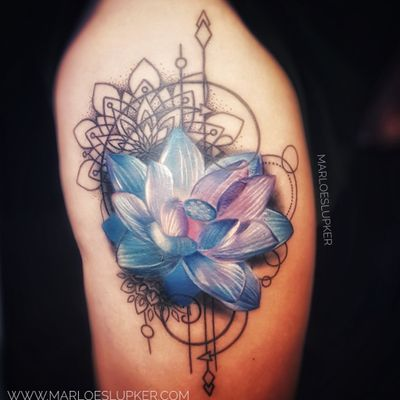 Blue lotus flower with geometric elements, scar cover-up #lotusflower #lotus #lotustattoo #scaredlotus #geometry #geometrictattoo #sacredgeometry #mandalas #mandalatattoo #mandala #color #flower #floral #tattoo #scarcoverup #scarcovering #marloeslupkertattoo