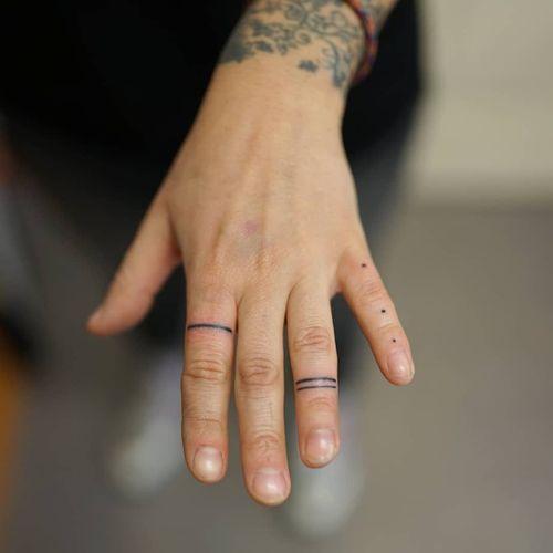 Hand poke tattoo by Blame Max #BlameMax #tattooartist #besttattoos #awesometattoos #tattoosformen #tattoosforwomen #tattooidea #handpoke #dotwork #linework #minimal #small #tiny #fingertattoo