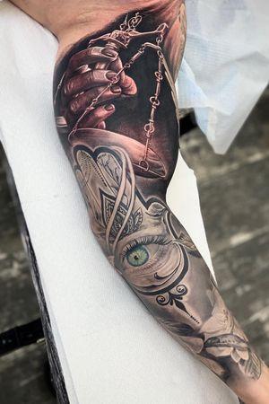 Black and gray sleeve done #intenzepride #tattoounity #miamitattoos #instapic #instatattoo #tattooedgirls #tattooartist # tattoogirl #realistictattoo #tattooideas #artwork #fullcolortattoo #colortattoo #miamitattoos #305tattoos #floridatattoos #nortmiamitattoos #blackamdgraytattoos