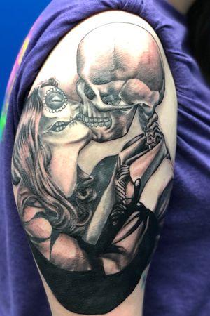 Kiss of death #tattoos #inked #tattooed #tattoolife #inkedup #inklife #instaart #tattoodesign #sleevetattoo #inkedlife #drawing  #tattooist #inkaddict  #travelingartist #colortattoo  #tattooed #knoxville #knoxvilletattoo #knoxvilletattooer #peakneedles #quartzcartridges #blackandgrey #yckth #knoxtatts #xionstealth #mythicalcrew #tatted4life80