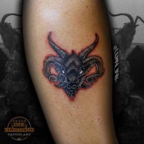 Goat  #tattoo #tatuagem #goat #colors #blackink #blackandgrey #ink #inked #bode