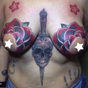 #revynove #roses #breast #red #tattoo #skull #dagger #realisticeffect #blackandgrey #sakura #family #tattoedgirl #oldschool #hotpink #familia #roses #revy #bigpiece #titstattoo #titsup #illustrative #oldschool #traditional #classic