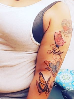 Fresh ink done by H @hdc1tattoos_an_designs #tattoos #baltimoreartist #tattoodoer #tattoolovers #tattoo #tattoosbyH #tattooartist #baltimore #inkslinger #inked #blackgirlslovetattoos @blackgirlslovetattoos #tattoowork #butterflytattoos #inmyownlane #getatme #tryntattootheworld @goldroom410 #goldroom410 #music #media #content #contentcreator #inmyownlane #hiphop #hiphoplife #musiclovers #hiphopculture #hiphopmusic #rap #trap #blackink