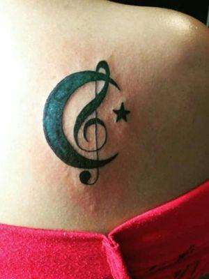 #finelinetattoo #musictattoo #moontattoo