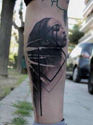 #blackandgrey #realistic #geometric #portrait #girlportrait #afro #lines #abstract #face #profile