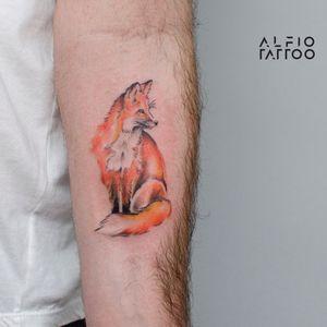 Design y tattoo by Alfio. Buenos Aires - Argentina / alfiotattoo@gmail.com / #fox #foxtattoo  #zorro  #fineline  #art #tattoodesign #alfiotattoo #composition #tattoocolor #finelinetattoo #watercolor #watercolortattoo #tattoo #tattooart #tattooartist
