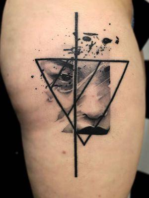 #realistictattoo #portrait #asian #triangle #splashes #splash #geometrictattoo #geometry #abstracttattoo #facetattoo #face