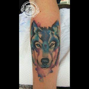 Lobo acuarela, diseño a libertad, espero les guste. Watercolor wolf tattoo freestyle tattoo #Studiotattoo #wolfwatercolor #Drtattootime Si te gusta nuestro trabajo síguenos en todas las redes sociales, 😎😎😎😎 👉👉👉👉 WhatsApp: +57 3132966229 👉👉👉👉Facebook: André Philippe 👉👉👉👉 Instagram: @drtattootime Para citas y cotizaciones, bienvenidos Studiotattoo Dr. Tattoo time, nos encontramos ubicados en suba compartir en el centro comercial hato chico, diagonal 146 # 128-02 local 15 en el 2do piso, Junto a @adnskateshop  WhatsApp: 3132966229 Los esperamos