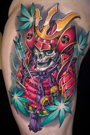 Pink Samurai skull on thigh.