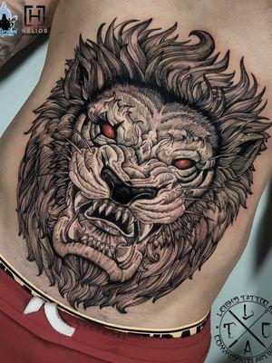 Black work lion stomach piece Insta: @leigh_tattoos Fb: leighstca Studio: @loco_tattoo Sponsored by: @heliostattoo @h2oceanloyalty . . . . #goldcoast #tattoo #tattoos #tat #inspirationtattoo #tattooist #tattooartist #tattooart #ink #inked #tattooedgirls #tattooedguys #inkgeeks #bestoftheday #greywash #superbtattoos #heliostattoo #sullenclothing #radtattoos #Loyalty4Life #H2Ocean #tattooistartmagazine #blackwork #tattoodo #liontattoo #blackinkart #blackink #stomachtattoo #linework #lineart
