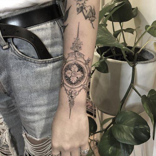 Fine line tattoo by Alessandro aka The Hanged #TheHanged #AlessandroJako #finelinetattoo #detailedtattoo #illustrative #illustration #linework