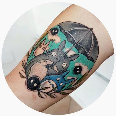 ♡ Totoro ♡ ♡ Hayao Miyazaki ♡ ♡ Studio Ghibli ♡ #Totorotattoo #totoro #studioghiblitattoo #studioghibli #HayaoMiyazaki #Miyazakitattoos #cartoon #cartoontattoos #cartoonish #cartoontattoo #nerdtattoo #FilmTattoos #filmtattoo #animetattoo #kawaii #kawaiitattoo