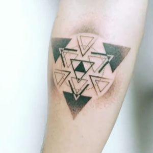 Triforce geometric