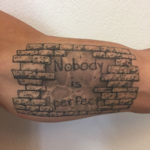 Tatouage cicatrisé 2 ans et demi #healed #healedtattoo #tattoo #tatouage #stonetattoo #lausanne #tattoolausanne #lespetitspointsdefanny