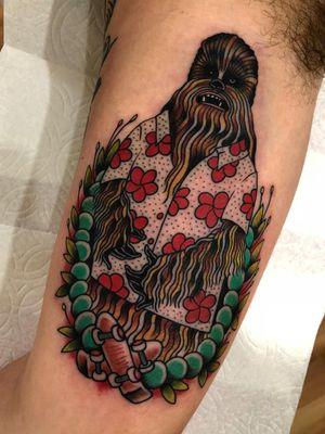 Chewbacca tattoo by Matt Hoyme #MattHoyme #chewbaccatattoo #chewbacca #starwars #movietattoos #petermayhew #georgelucas #scifi