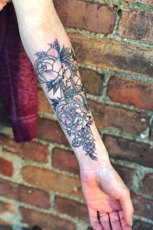 Fineline peonies and flowers, single needle, hummingbird, keyhole, blackwork, flowers, floral