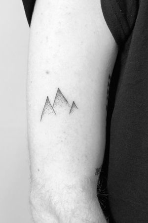 mountains fineline dotwork