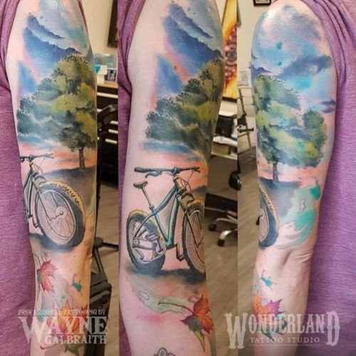 This was a great way to start off my week back from vacation! #colortattoo #watercolortattoo #watercolortattooartist #wonderlandtattoo #wonderlandkitchener #colortattoo #mdwipeoutz #cycling #fatbike #kwawesome #ontariotattoos #canadiantattooartist #kwtattoos @wonderlandtattoostudioskw www.wonderlandstudioskw.com