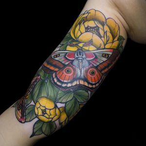 Female tattoo artist spotlight. Cool tattoo by Maria Dolg #MariaDolg #femaletattooartists #tattoodoapp #ladytattooartist #femaletattooist #ladytattooist #cooltattoos #awesometattoos #besttattoos