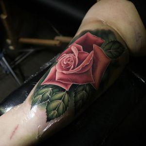 Female tattoo artist spotlight. Cool tattoo by Liz Venom #LizVenom #femaletattooartists #tattoodoapp #ladytattooartist #femaletattooist #ladytattooist #cooltattoos #awesometattoos #besttattoos