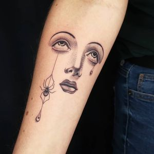 Female tattoo artist spotlight. Cool tattoo by Ana and Camille #AnaandCamille #femaletattooartists #tattoodoapp #ladytattooartist #femaletattooist #ladytattooist #cooltattoos #awesometattoos #besttattoos