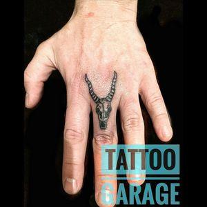 _____________________________ #tattoo #garage #тату #tattoosamara #татусамара #самара #любимаяработа #tattoos #samara #Russia #Россия #татувсамаре #ink #татусамаранедорого #body #coveruptattoo #гараж #scars #freehand #lettering #letteringtattoo