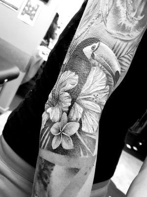 Tropical full sleeve
