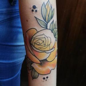 Rose tattoo #tattooapprentice #tatted #RoseTattoos #tatuajes #CostaRica #tattoedgirl #inkedgirl #tattoing #tattoart #art #tattodream