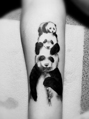 #tatuaje de #oso #panda #blackAndWhite #baby #panda #jaser #tattoo #ink #mexico 🇲🇽🖋️