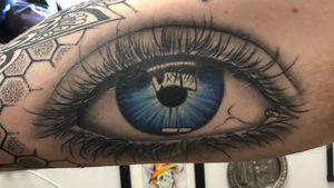Eyeball with reflection