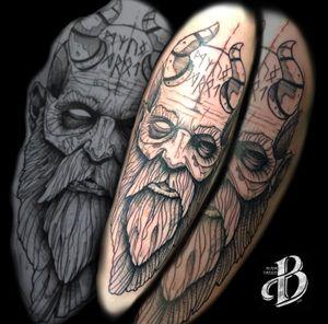 Tattoo Mimir God of War four! The best tattoo, the better game! #tattoo #tattoogeometric #tattooblackline