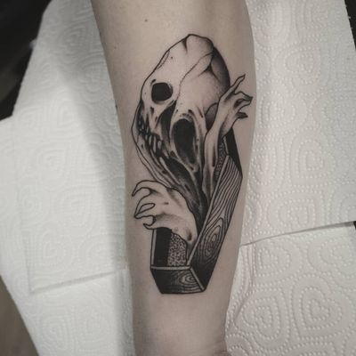 Psychedelic dark art tattoo by Łukasz Sokołowski #LukaszSokolowski #psychedelic #darkart #illustrative #strange #surreal #surrealism #trippy #dark #horror #skull #coffin