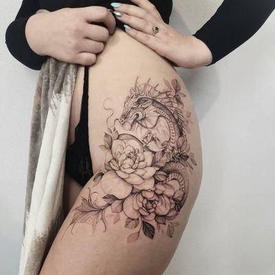 Booking kontakt@xystudio.eu o #mandalatattoo #tattoo #tattoos #ink #art #skech #polandtattoos #peonytattoo #girlytattoo #blackwork #dotworktattoo #flowers #fineline #ttt #kiel #fineline #finelinetattoo #blackworkerssubmission #blacktattoo #gdansk#xystudio #rosetattoo #btattoing #blxck #kiel#girlytattoo #inkedgirl #instapic #3rl #picoftheday