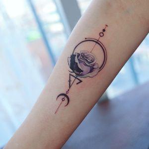 rose tattoo by Grey Un #GreyUn #rose #flower #geometric #moon #triangle