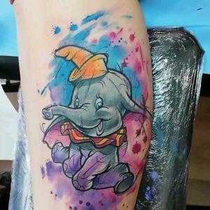 Dumbo made in Barcelona @guilleryan.arttattoo guilleryanarttattoo@gmail.com #dumbo #disneytatts #bcnttt #comictattoos #cartoontattoos #sketchtattoos #geektattoos #tattoobarcelona #sketchtattoo #watercolor