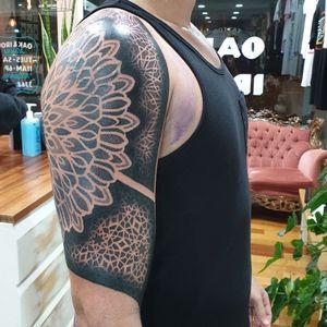 Progress shot #tattoo #blackandgrey #mandala #dotwork #oakandirontattoo #brisbane #brisbanetattoo #blackworktattoo #blackwork #geometrictattoo #geometric #sydneytattoo #sydney #australiantattoo #ritalinpower #brisbaneartist #btattooing #brisbanetattooartist