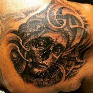 Tattooart by Floyd Varesi switzerland #lacatrina #skull
