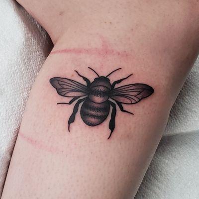 Bee Tattoo . . . . #tattoo #tattoos #tattooartists #tattooartist #dfw #dallas #denton #lewisville #blackandgrey #blackwork #blackworktattoo #bee #nature #beetattoo