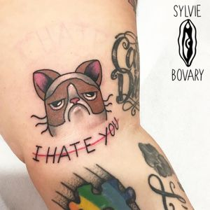 Grumpy Cat tattoo by Sylvie Bovary #SylvieBovary #TardarSauce #GrumpyCat #cat #kitty #petportrait #GrumpyCattattoos #GrumpyCattattoo #cattattoo #meme #petportraittattoo #funnytattoo
