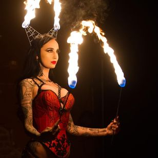 Performance Artist and Tattoo Model Emma Vauxdevil photographed by William T Hardin #EmmaVauxdevil #performanceartist #tattoomodel #burlesque #pinup #swordswallower #fireeater