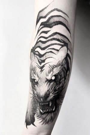 Segunda pieza para Andres mucha suerte parcero! nos vemos en el futuro en esta o en otra vida animal 🔥🐅🙏🏽 . . . . . . . Appointments/Citas: anibalbookings@gmail.com . . . . . #darkartists #sketch #tatuadoresbogotanos #blackworkershero #inkstinctsubmission #blackworkerssubmission #tattooinkspiration #tattoo #arts #TATTOOTODO #anibal_tattoo #tattooartist #blxink #stabmegod #cdmx #bogota