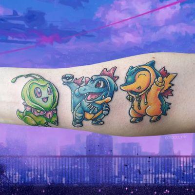 𝕊𝕥𝕒𝕣𝕥𝕖𝕣 ℙ𝕠𝕜𝕖𝕞𝕠𝕟 𝟛𝕣𝕕 𝕘𝕖𝕟 🖤 ʳᵉᶠʳᵉˢʰᵉᵈ ᵒˡᵈᵉʳ ᵗᵃᵗᵗᵒᵒ ᶠʳᵒᵐ ᵃⁿᵒᵗʰᵉʳ ᵃʳᵗⁱˢᵗ ᵈᵉˢⁱᵍⁿ ᵇʸ ⁱᵗˢᵇⁱʳᵈʸ #pokemontattoo #pokemon #pokemongo #thirdgen #starterpokemon #armtattoo #gamerink #gamingtattoo #nintendotattoo #nintendo #gaming #gamer #anime #animetattoo #manga #mangatattoo #colortattoo #animetattoos