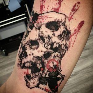 Trash polka skulls