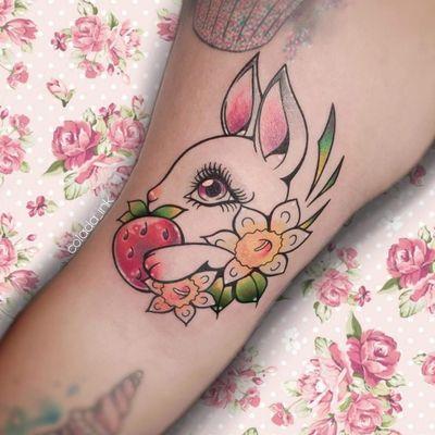 𝕊𝕥𝕣𝕒𝕨𝕓𝕖𝕣𝕣𝕪 𝔹𝕦𝕟𝕟𝕪 🍓🐰 #bunny #bunnytattoo #strawberry #strawberries #cute #cutetattoos #kawaii #kawaiitattoo #girlytattoo #girly #cutetattoos #cutetattoos #flowertattoo #armtattoo