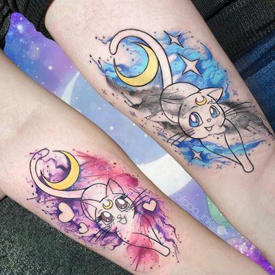 𝕃𝕦𝕟𝕒 𝕒𝕟𝕕 𝔸𝕣𝕥𝕖𝕞𝕚𝕤 🐱💖 #anime #animetattoo #manga #mangatattoo #colortattoo #watercolortattoo #watercolor #armtattoo #sistertattoos #partnertattoos #lineworktattoo #SailorMoon #sailormoontattoo #luna #artemis