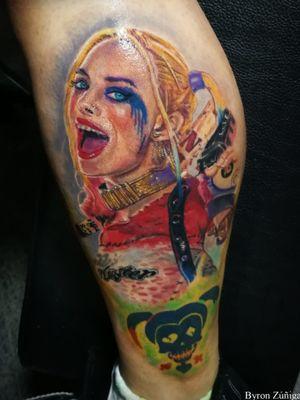 Harley Quinn a color. A la orden Guatemala @Royalpaintattoo @byronzart +502 41756519